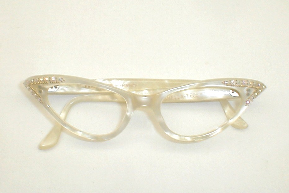Eyeglasses White Frame : Vintage Womens Eyeglasses, Cats Eye Frames White