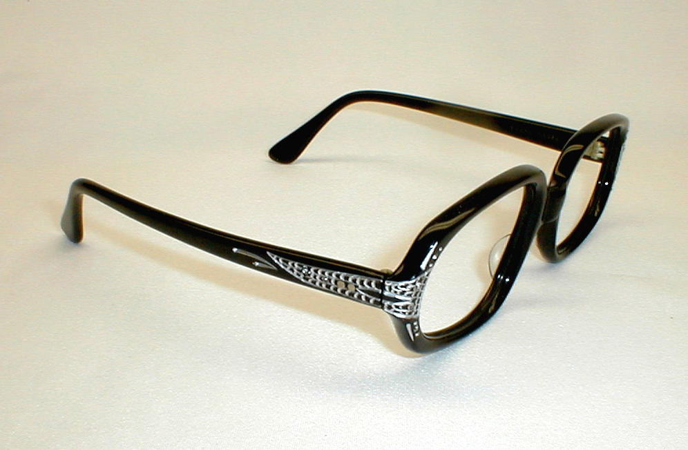 All Discount Prescription Eyeglass Lenses  Frames Available Online